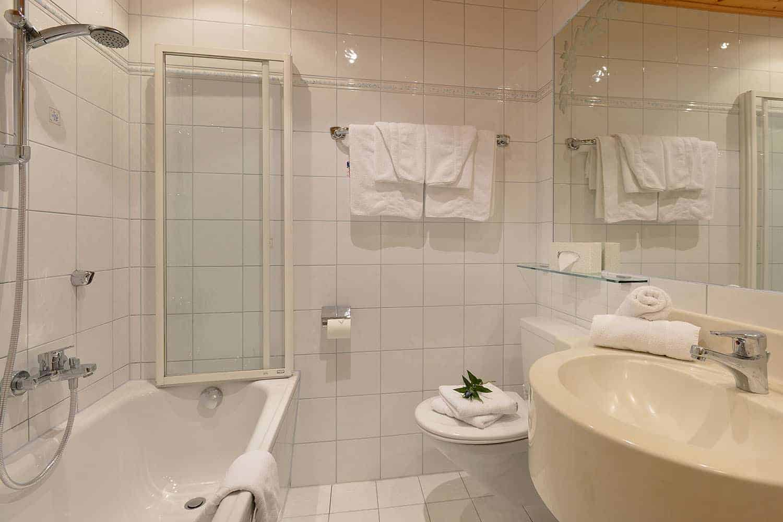 Badezimmer Doppelzimmer Bauernpenzing