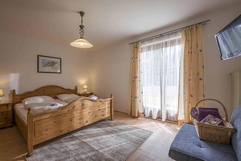 Ferienwohnungen am Roemerweg Penzinghof Oberndorf Schlafzimmer
