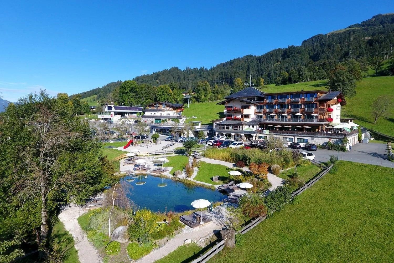 Penzinghof mit Schwimmteich