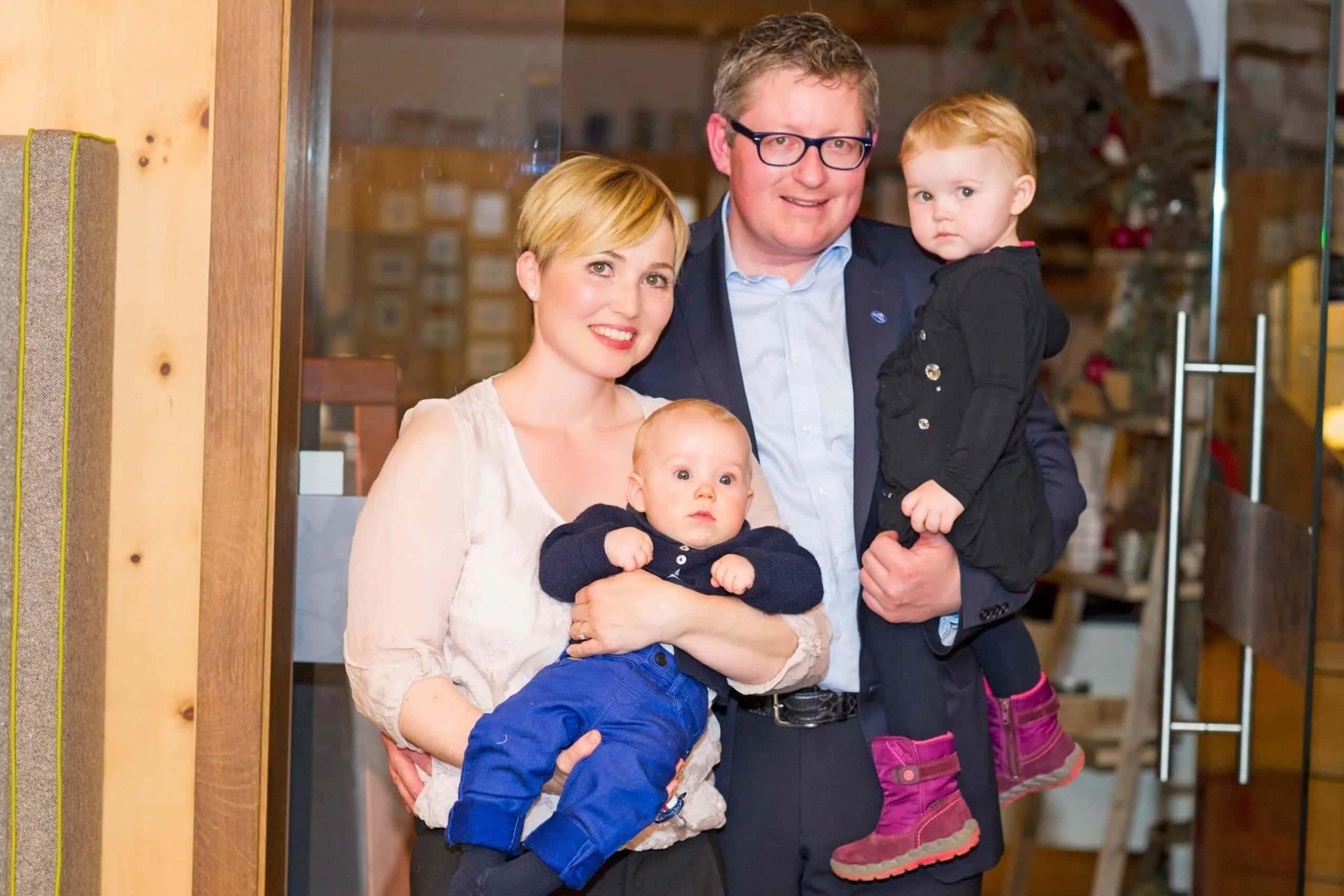 Stefan mit Simone und Kinder